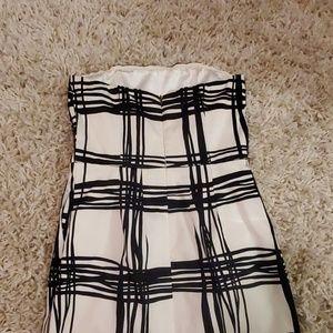 Express Dresses - Express black and white strapless mini dress